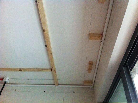 金属装饰线条如何安装在墙面上